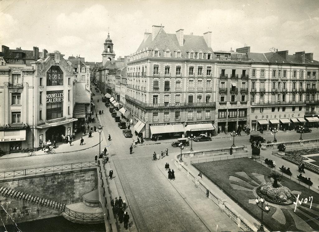 Les Nouvelles Galeries, quai Lamartine, années 1930. 350 Fi 113, don Aulnier.