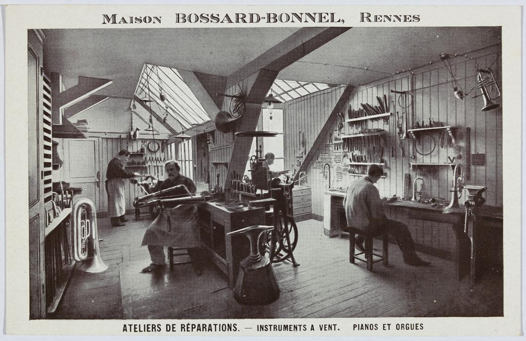 Carte postale publicitaire, Maison Bossard-Bonnel, vers 1910, imprimé. Coll. Musée de Bretagne.